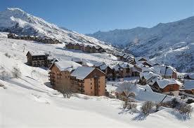 Ski aux pieds
