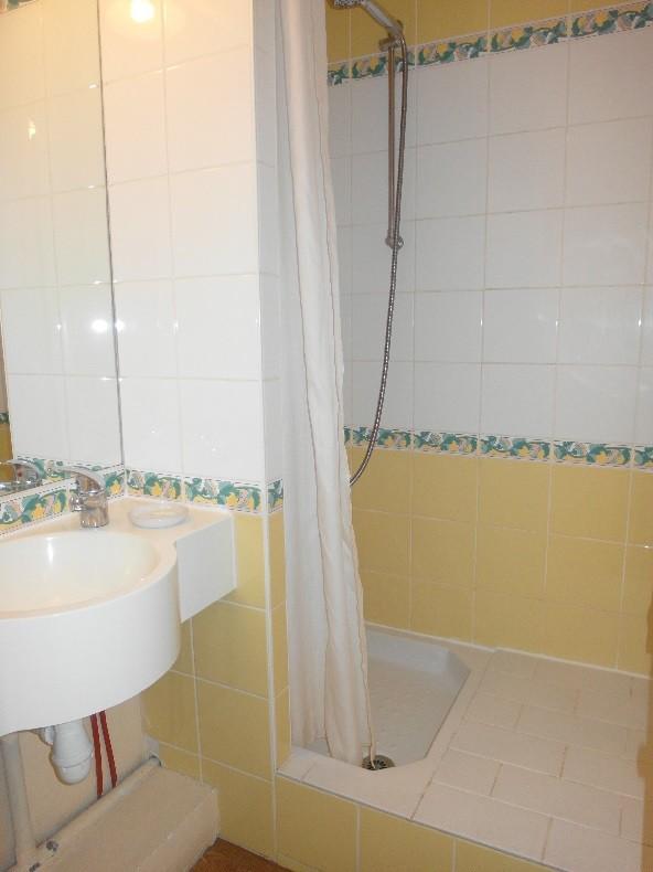 salle-de-douche-2366